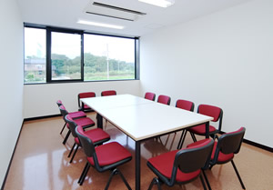 群馬県看護教育センター演習室(12人)